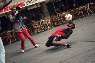 French Street Performer